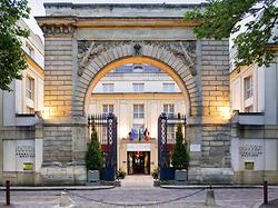 Pullman Château de Versailles VERSAILLES