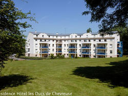 Photo de la résidence Résidence Hotel Les Ducs de Chevreuse à Chevreuse