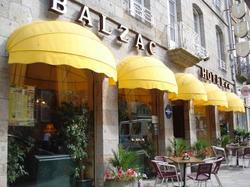BALZAC HOTEL FOUGERES