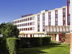 Hôtel Mercure Lyon lIsle dAbeau VILLEFONTAINE
