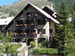 Hotel H�tel R�sidence Les Colchiques Le Mon�tier-les-Bains