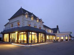 Hotel Hôtel les 13 assiettes Le Val-Saint-Père