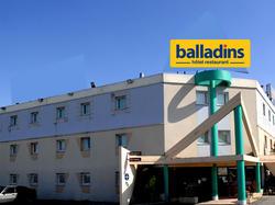 Hôtel Balladins Garges-Les-Gonesse - Stalingrad