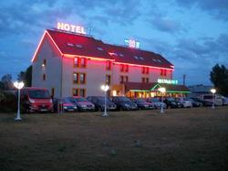 NB Hôtel Restaurant Moulins Avermes