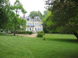 Château de la Vallée Bleue SAINT-CHARTIER