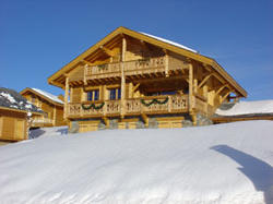 Les Chalets de lAltiport Alpe-d\'Huez