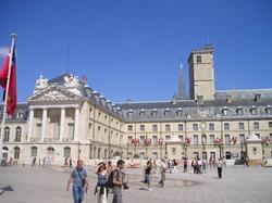 Campanile Dijon Congrès Clémenceau