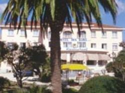 Adonis Sanary Grand Hôtel des Bains Bandol