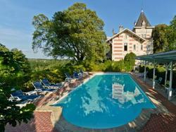 Hôtel LYeuse - Chateaux et Hotels Collection Châteaubernard