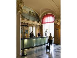 Mercure Lyon Centre Château Perrache hotel Lyon