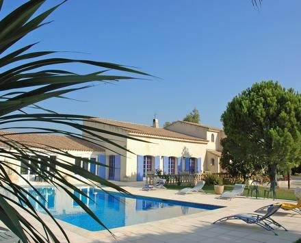 Location maison individuelle vacances salon de provence for Location villa salon de provence